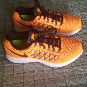 Nike pegasus 32 orange and pink